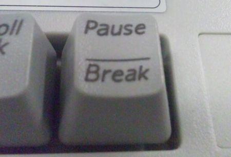 キーボードの「Pause/Break」キーは何に使うの?