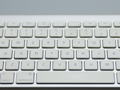 キーボードの配列が「アルファベット順」じゃないワケ