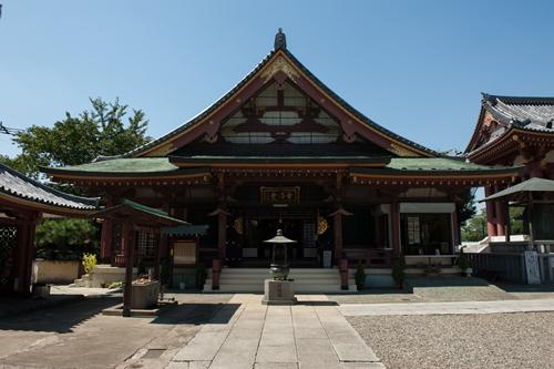 神社仏閣の厳かな雰囲気を写真に収めるコツ