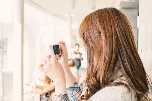カメラ女子必見!一眼で撮った写真を瞬時にSNSへアップする方法