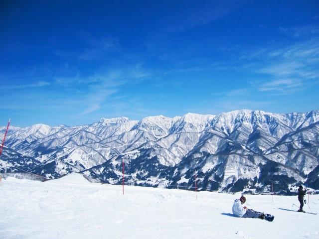 冬のレジャー好き必見!スキー場でもガンガン使えるデジタル防水アイテム5選