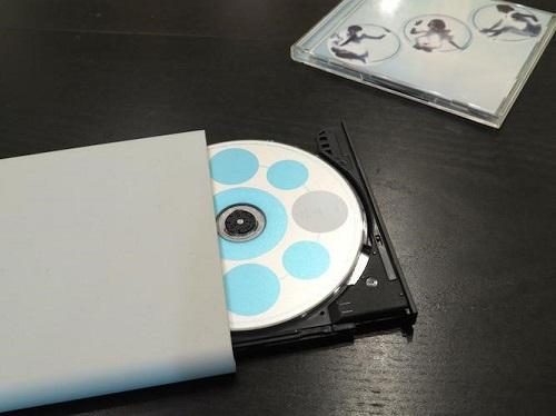 パソコンを使わずに音楽CDをスマホに取り込める「T Air」が超便利!