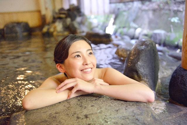 夏におすすめのぬる湯温泉5選