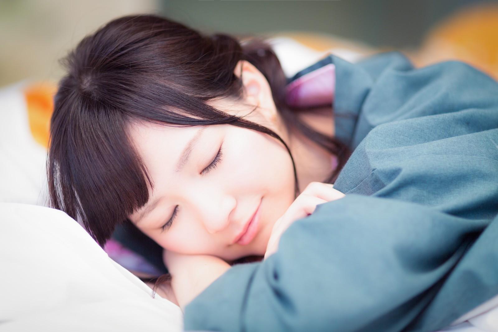 就寝時も会議中も強い味方!?iPhoneの「おやすみモード」って何?