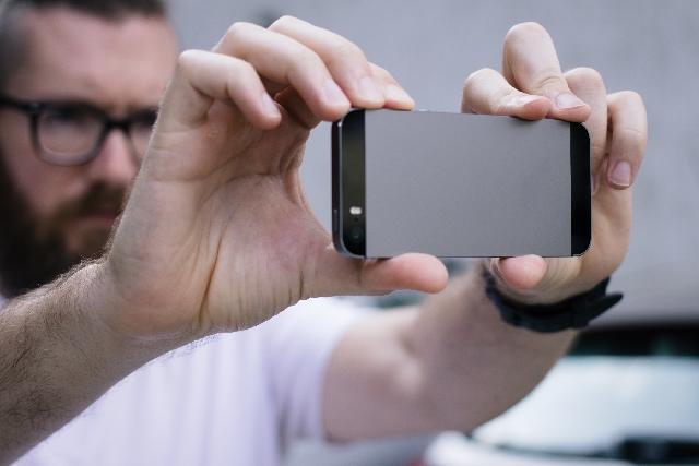 無音+高機能カメラならマイクロソフト開発の「Microsft Pix」が使える