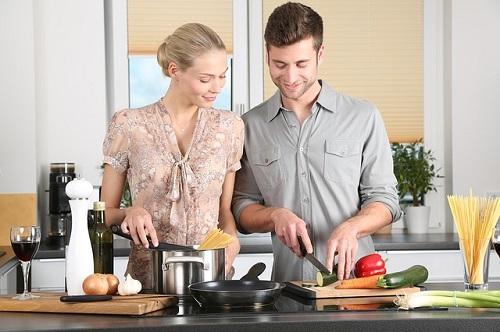 塩分や油の温度もバッチリ計測!イマドキ料理はデジタルで制す!!
