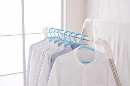 洗濯物を室内干しで効率的に乾かす方法