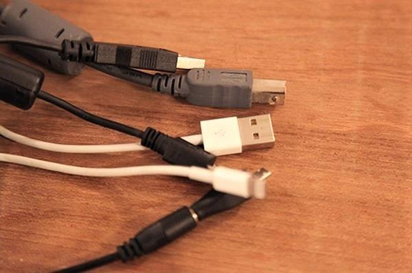 同じ形に見えるけど充電できる・できない「USBケーブル」の不思議