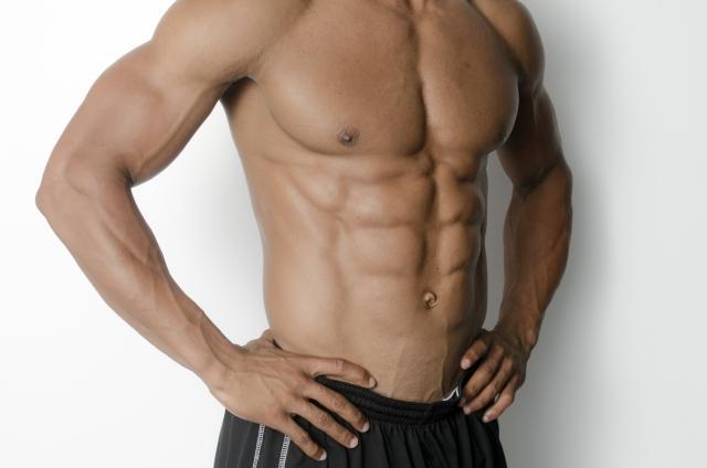 「プランク」で腹筋を鍛えてポッコリおなか解消