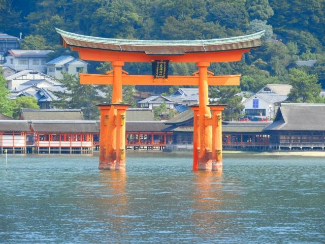 神社とお寺の参拝方法:正しい作法を知っておきたい!