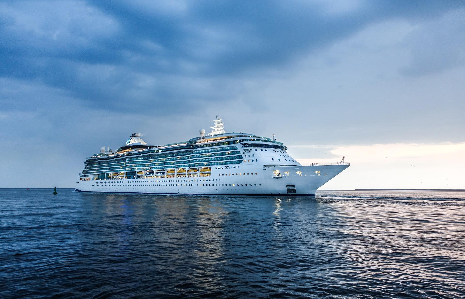 1度は乗ってみたい豪華客船!体験者が船旅の疑問に答えます