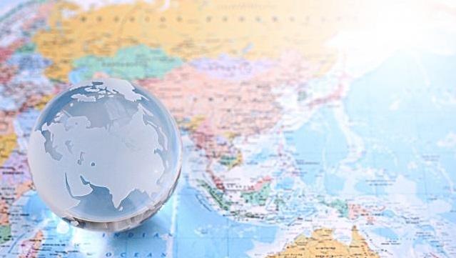 オンラインツアーで海外旅行を体験してみよう!