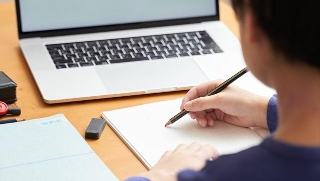オンライン家庭教師ってどんなメリットがあるの?必要なものは?