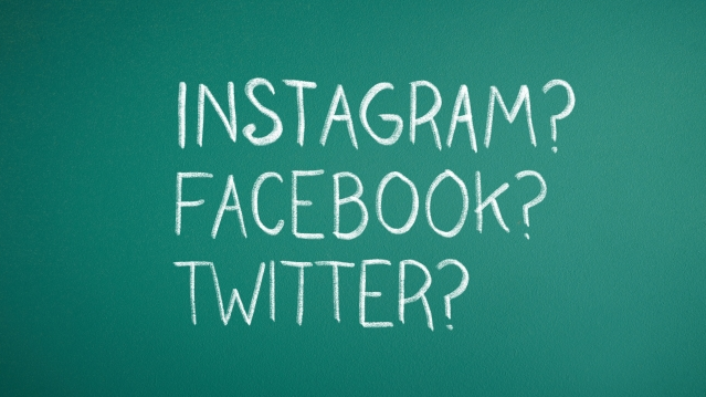 SNSはどう使い分ける?Twitter・Facebook・Instagramの特徴まとめ