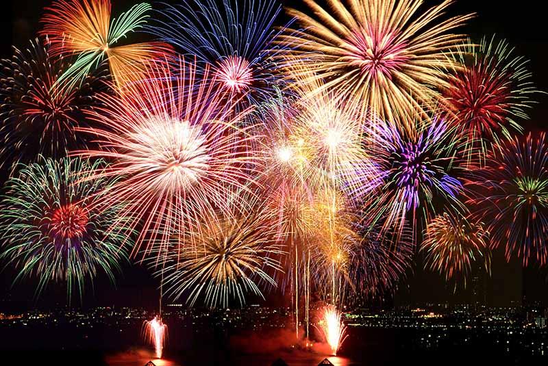 遠方のお祭りも楽しめる!家で楽しむオンライン花火大会&夏祭り