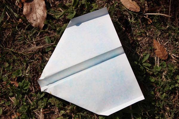 時間 滞空 紙 飛行機